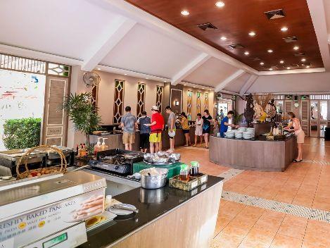 Garden Café  - Amora Hotel