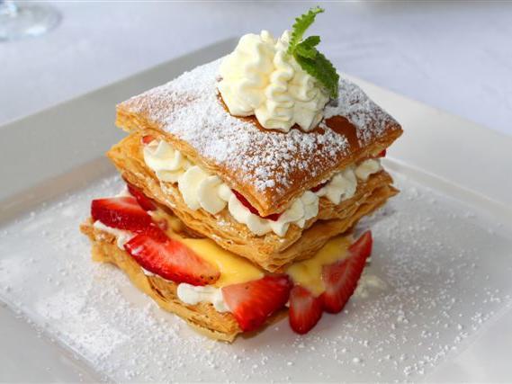 dessert pastry dish