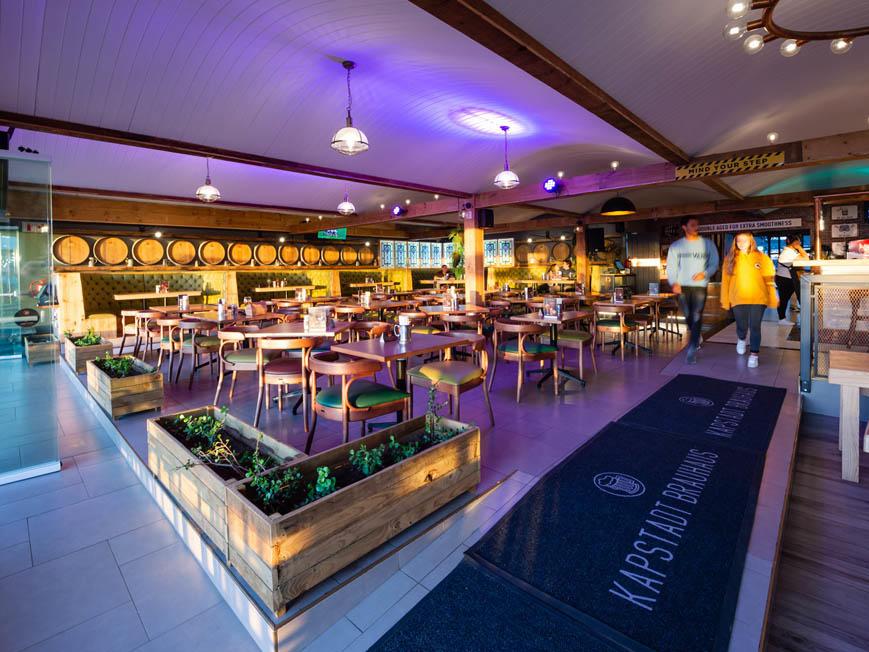 Kapstadt Brauhaus Restaurant in Club Mykonos