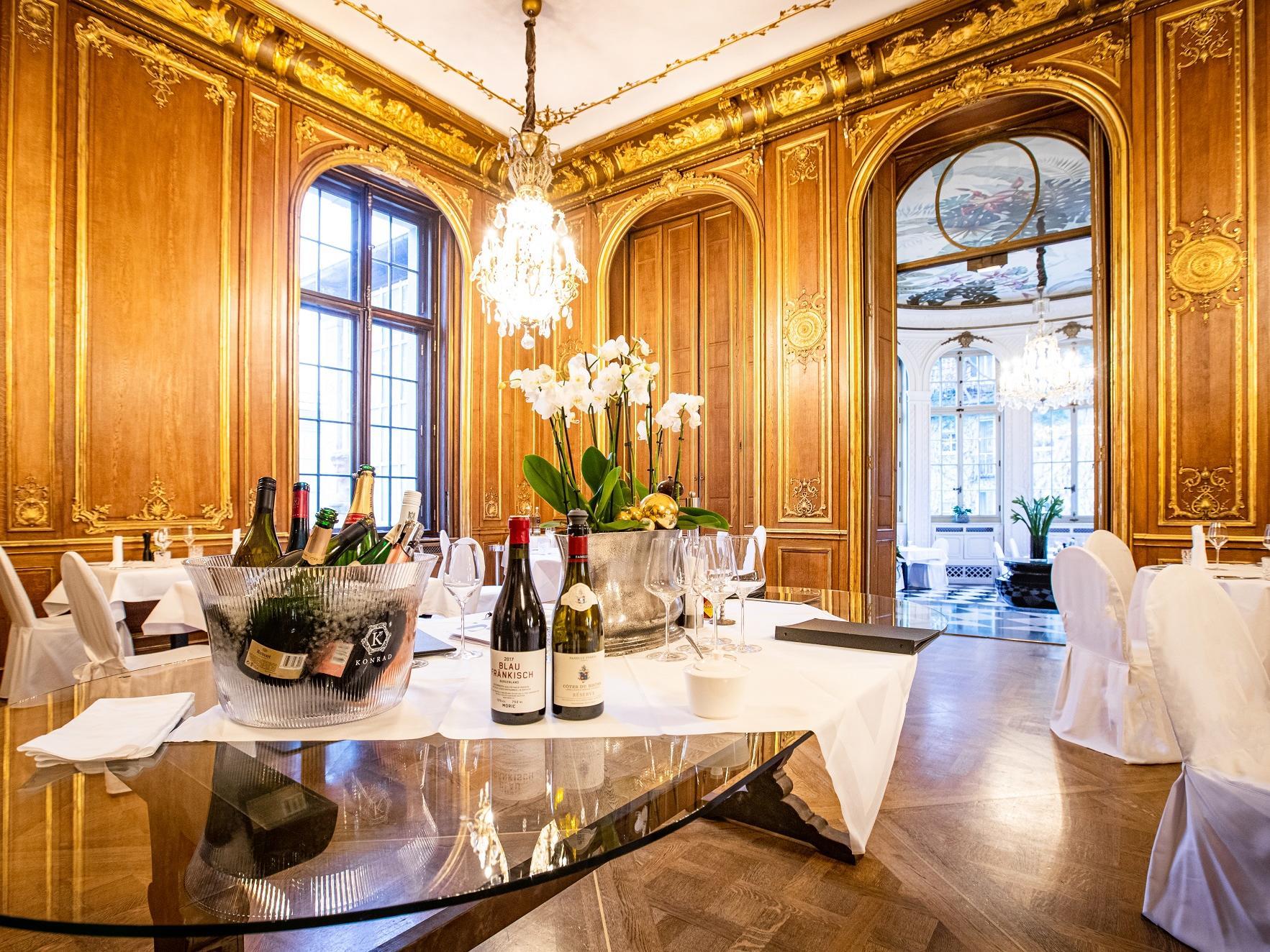 Restaurant Dining Area at Patrick Hellman Schlosshotel