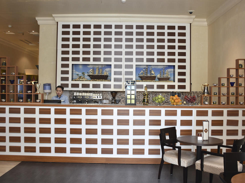 Café Trottoir at City Seasons Al Hamra in Abu Dhabi