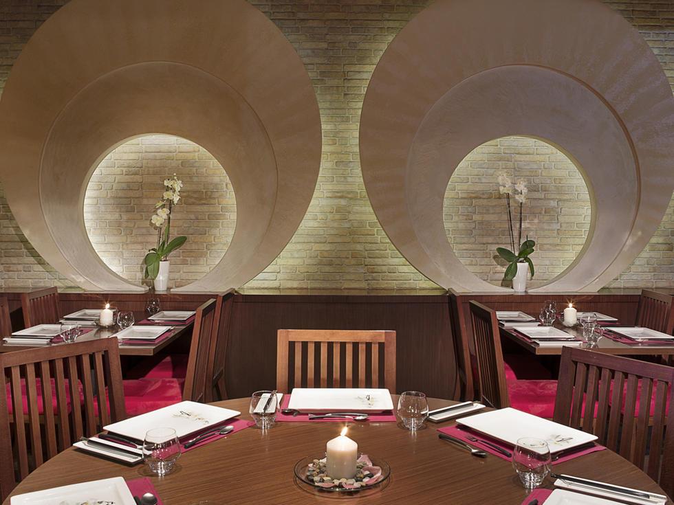Keway Mai Chinese Restaurant at City Seasons Al Hamra in Abu Dhabi
