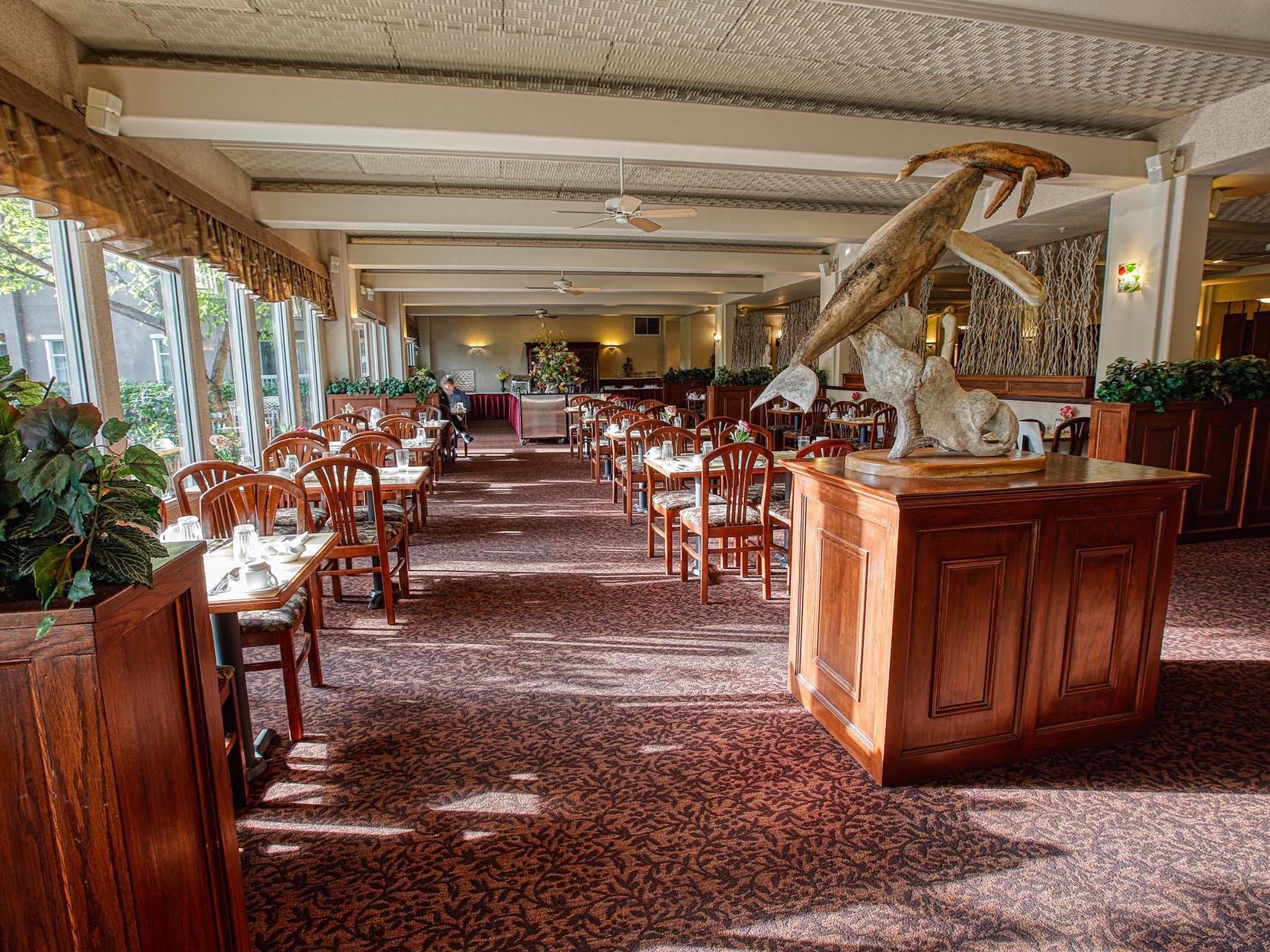 Front view of Golden bear restaurant at Bear Lodge