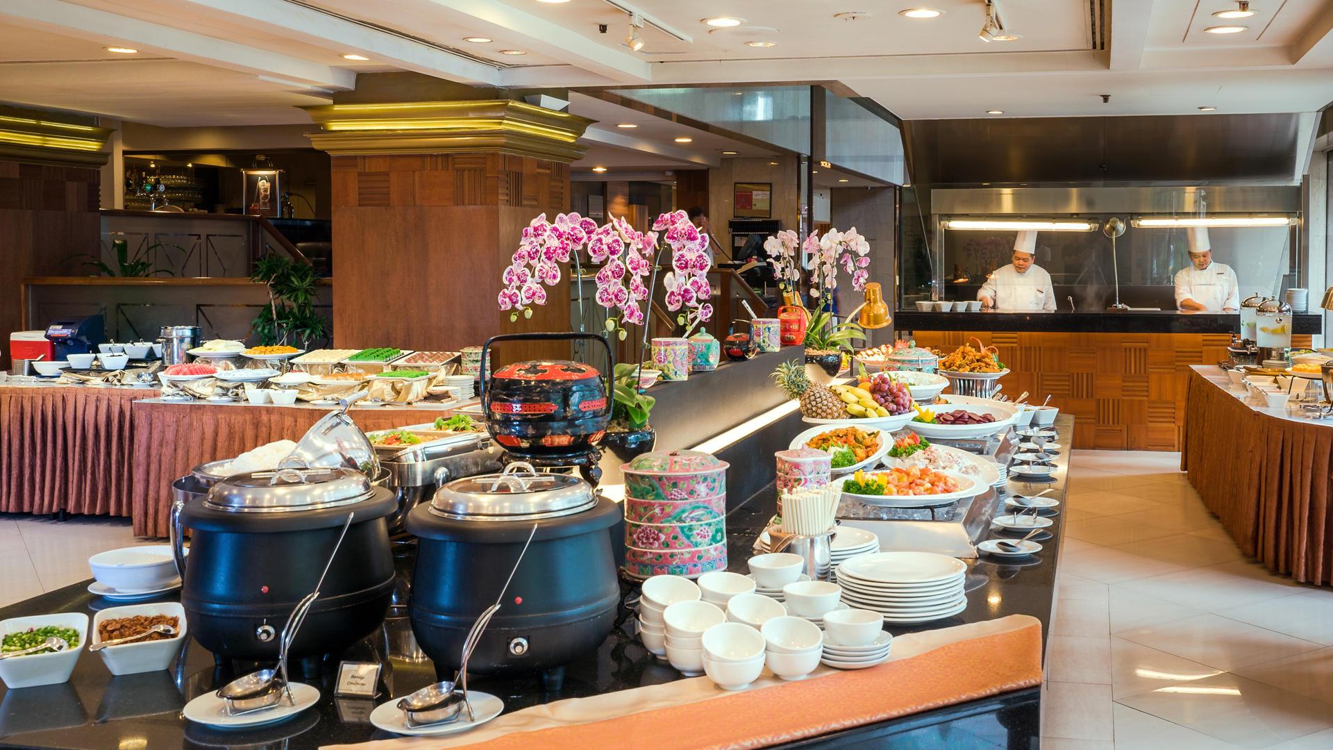Sun's Cafe | Peranakan Restaurant in Hotel Grand Pacific Singapore