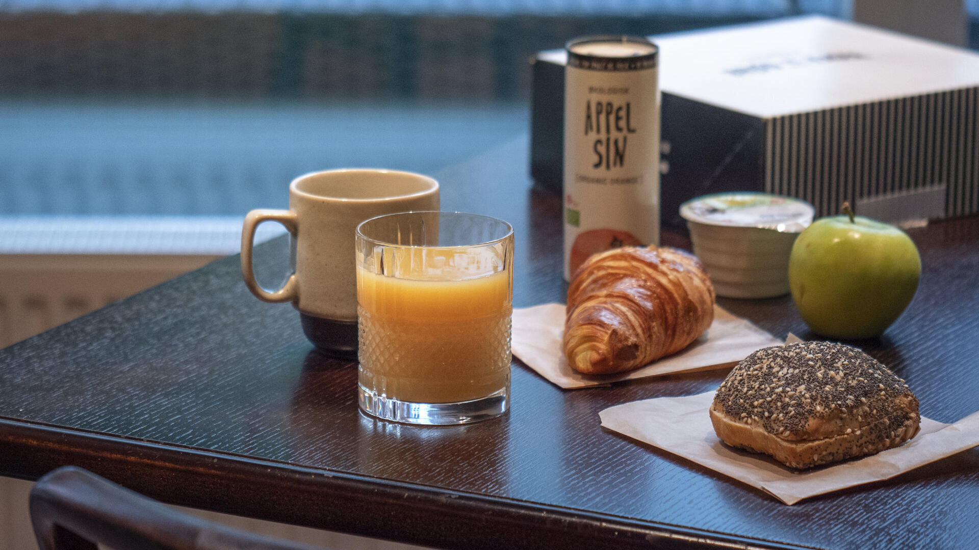 Picture of: Breakfast In Vesterbro Hotel Mayfair