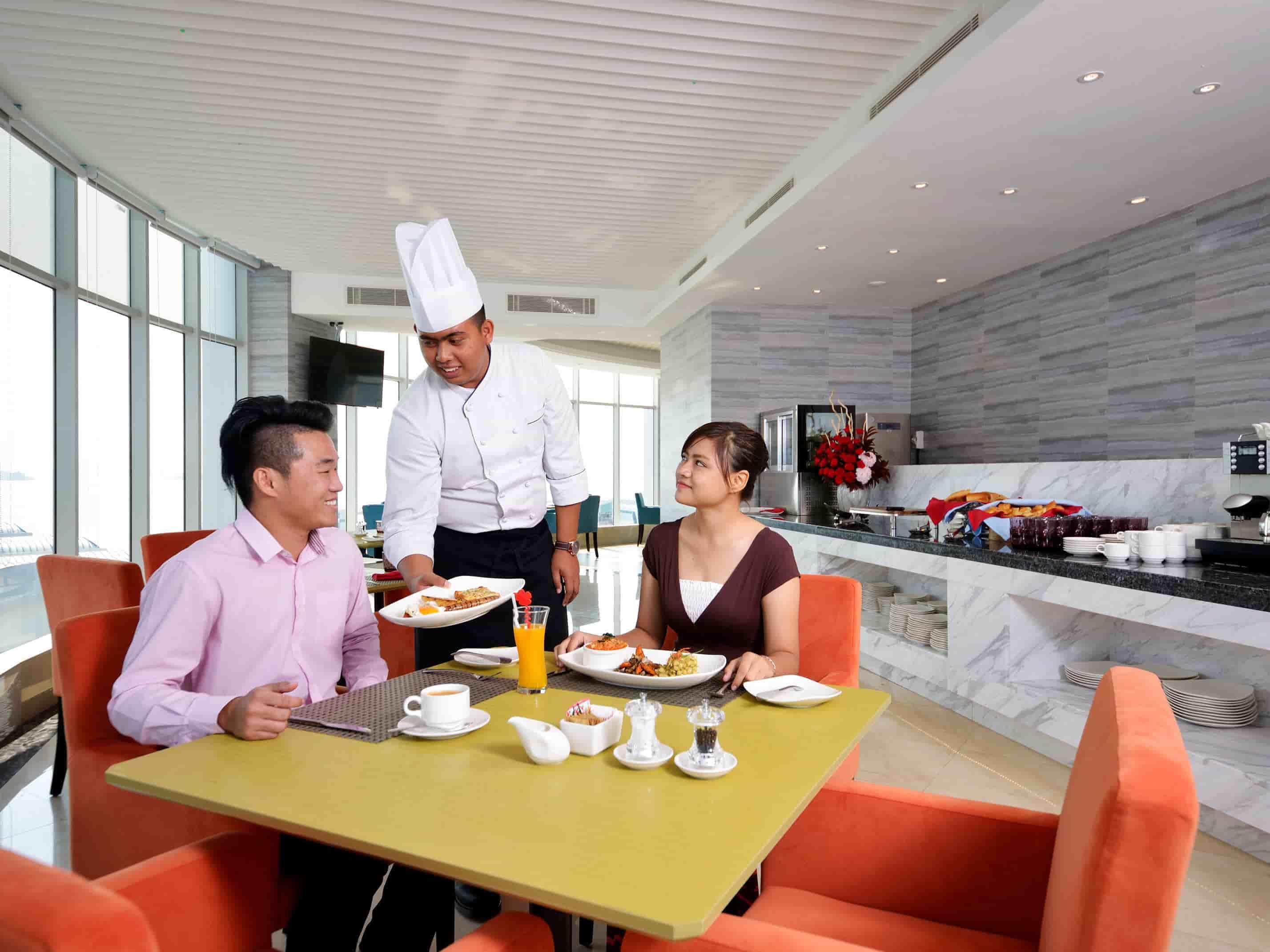Lexis Hibiscus® Port Dickson - Wave Dining Restaurant