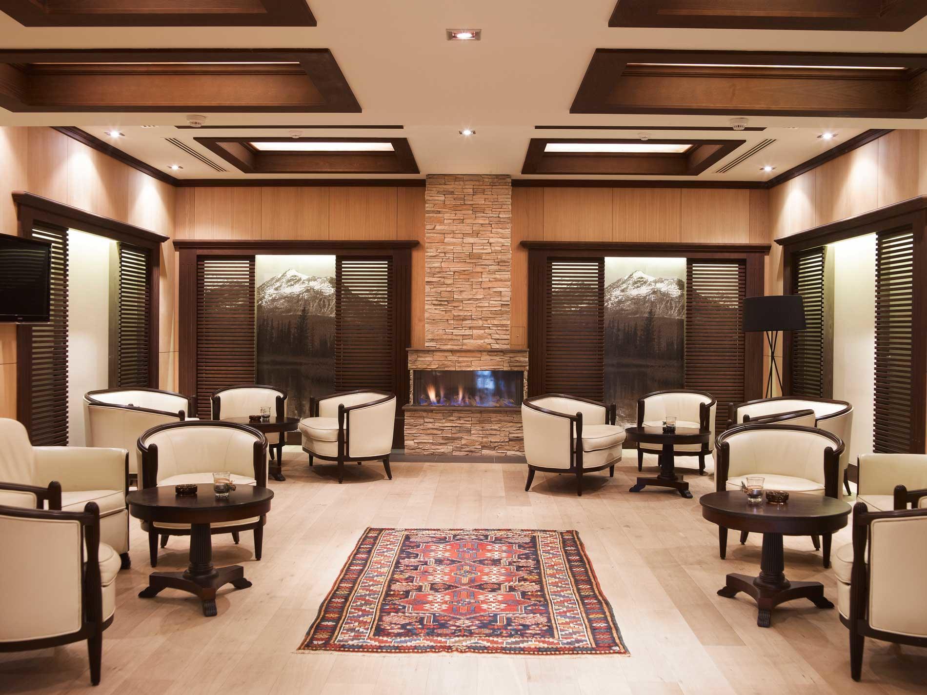 Lobby bar at Ana Hotels Sport Poiana Brașov