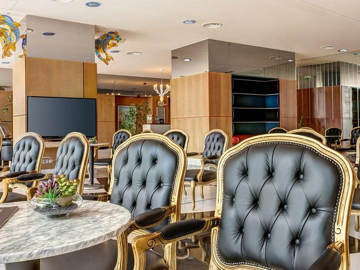 Lobby bar at Ana Hotels Europa Eforie Nord