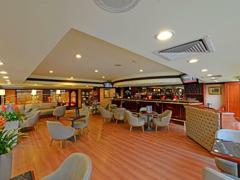 E lounge at eresin hotels topkapi