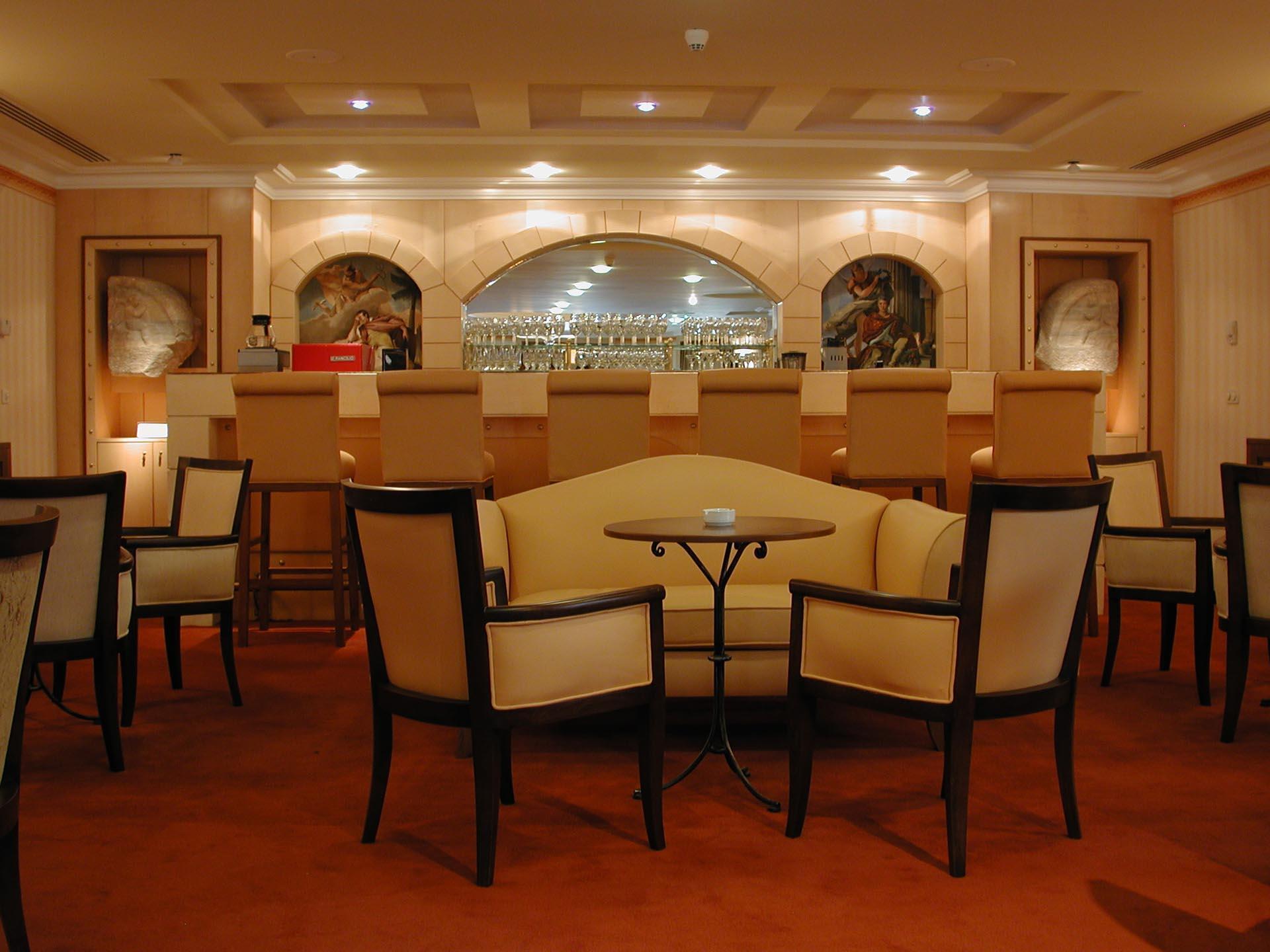 Column Bar  Eresin hotels sultanahmet