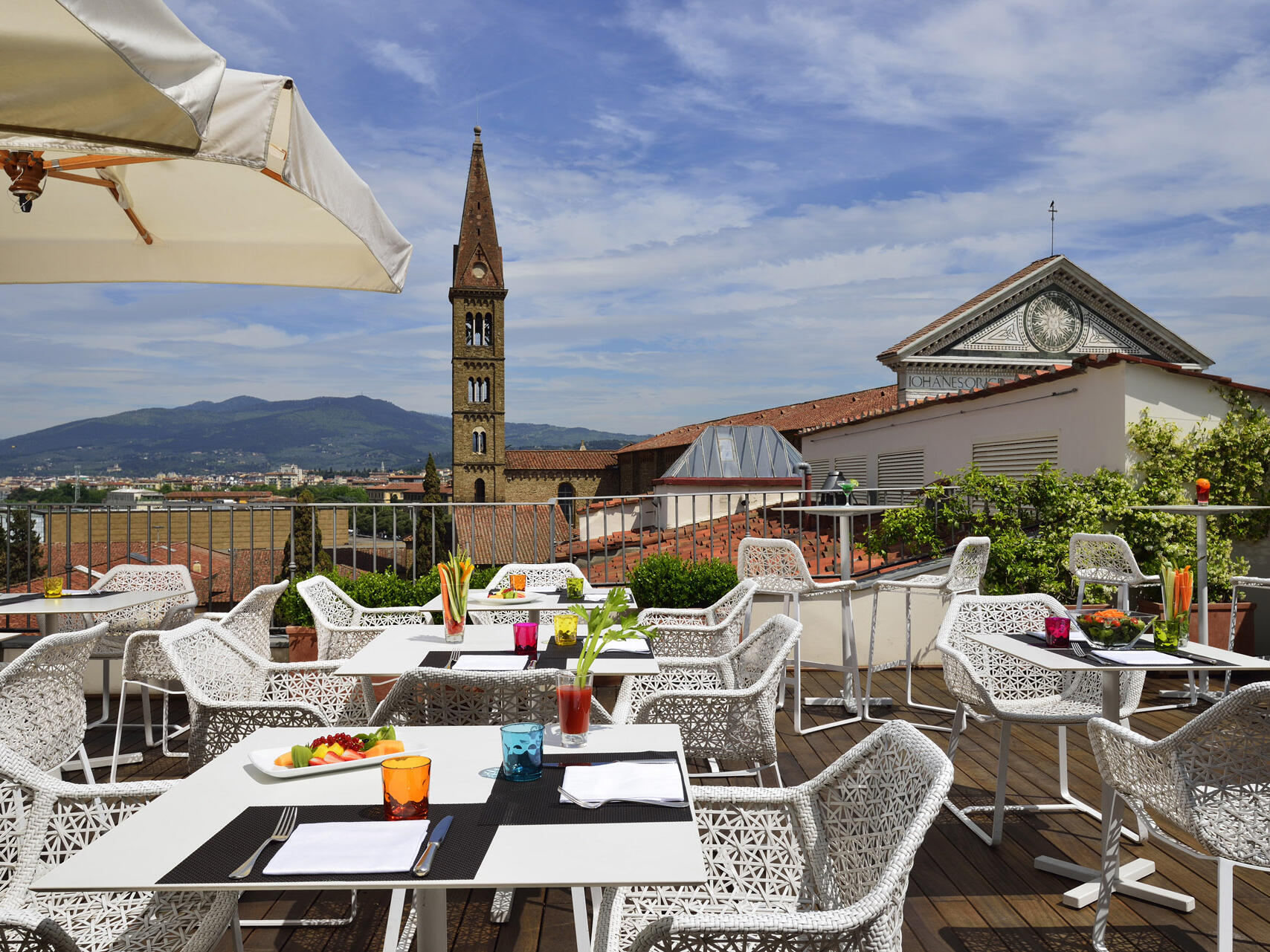 Rooftop dining area  at  Grand Hotel Minerva