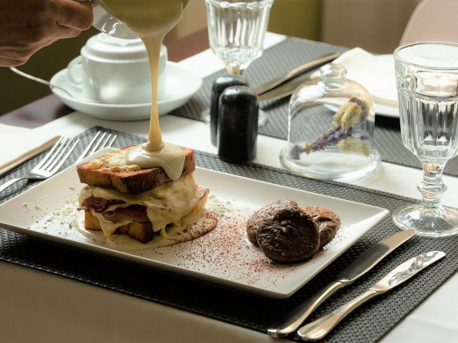 breakfast sandwich from Hotel Alegria