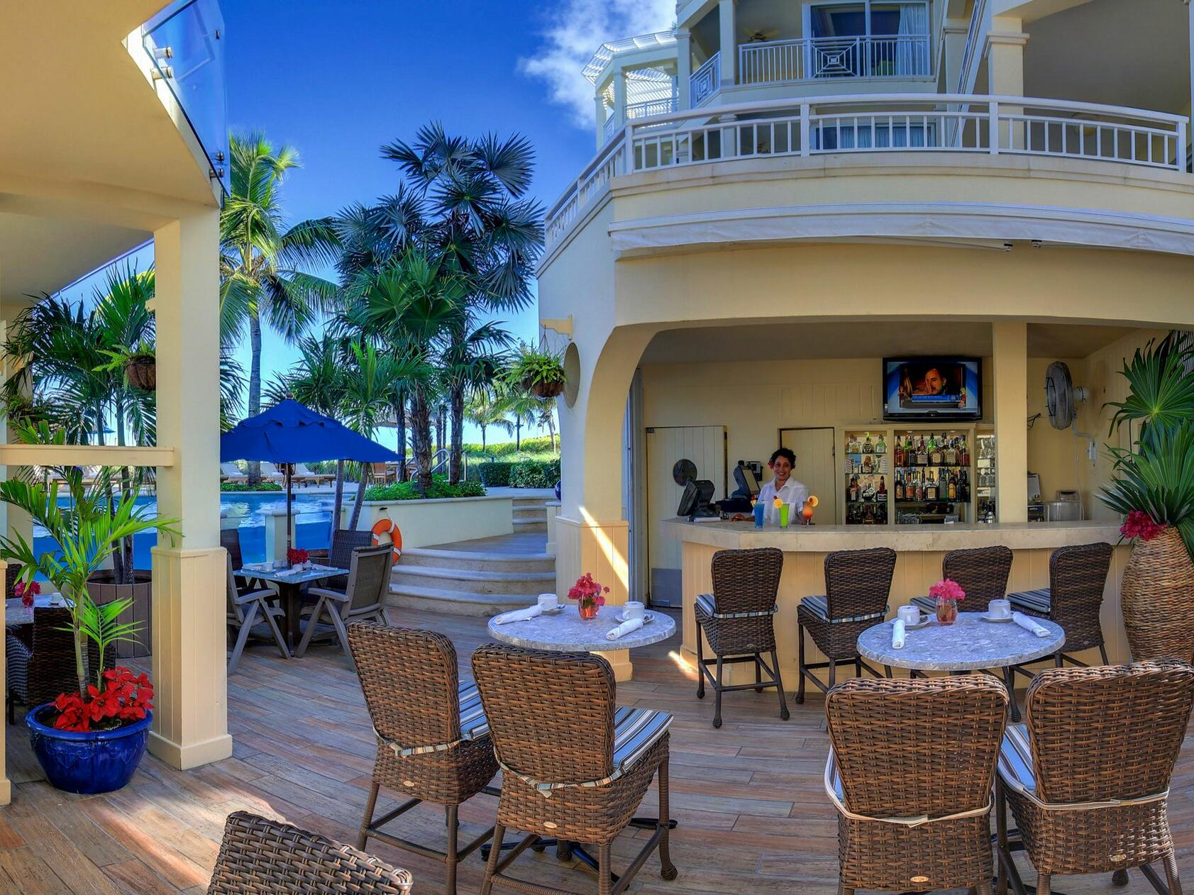 View of Jojo's Poolside Cafe at Windsong Resort On The Reef