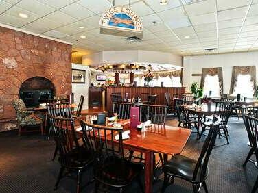 View of the dining area in Twigs lounge at The Simsbury Inn