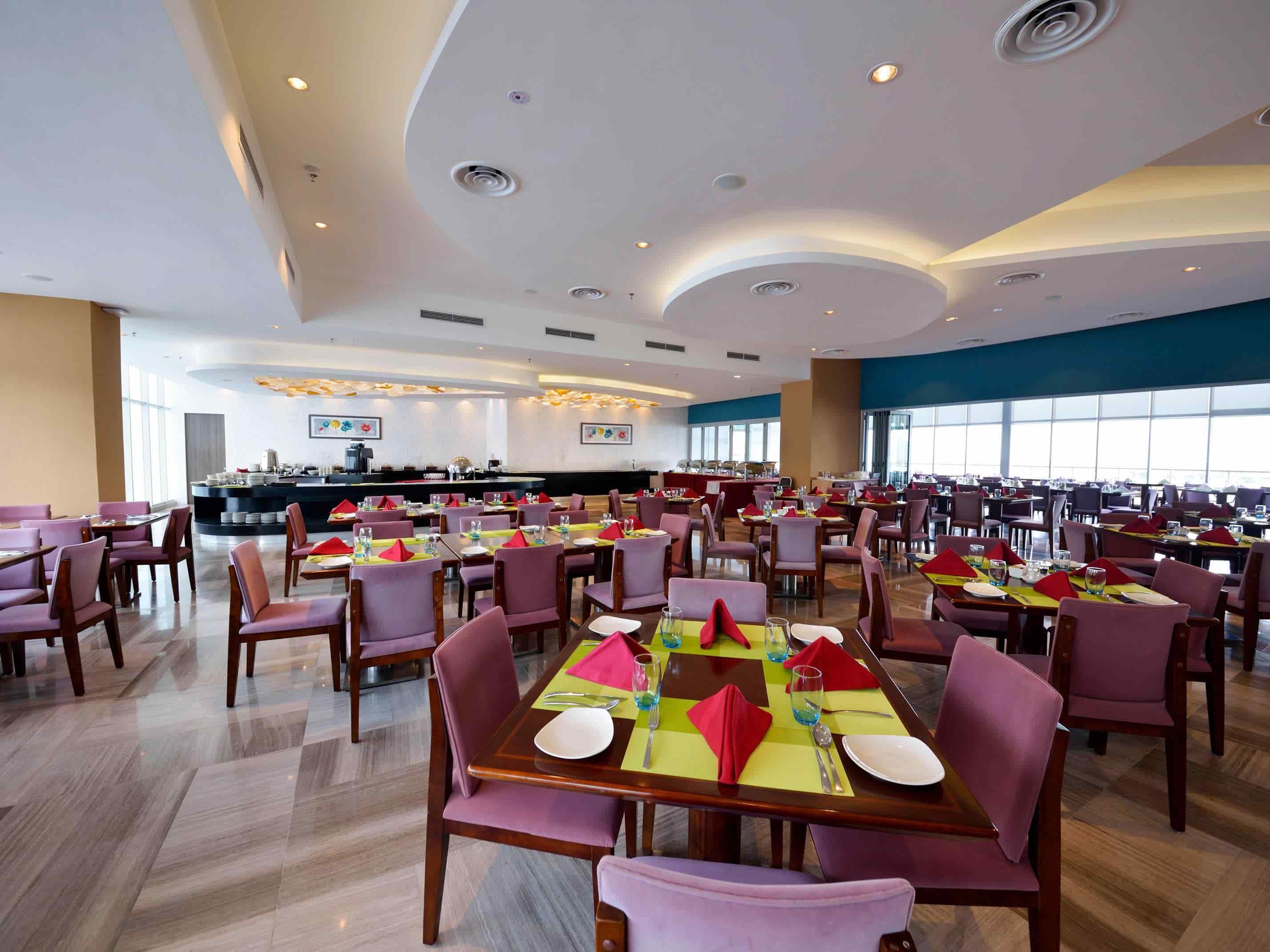 Multi-function dining area at Horizon Deck, Lexis Hibiscus® Port Dickson