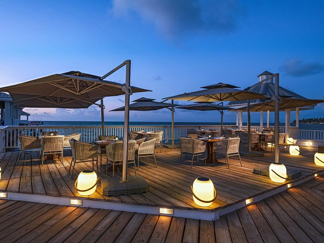 Sea-side dining at The Deck