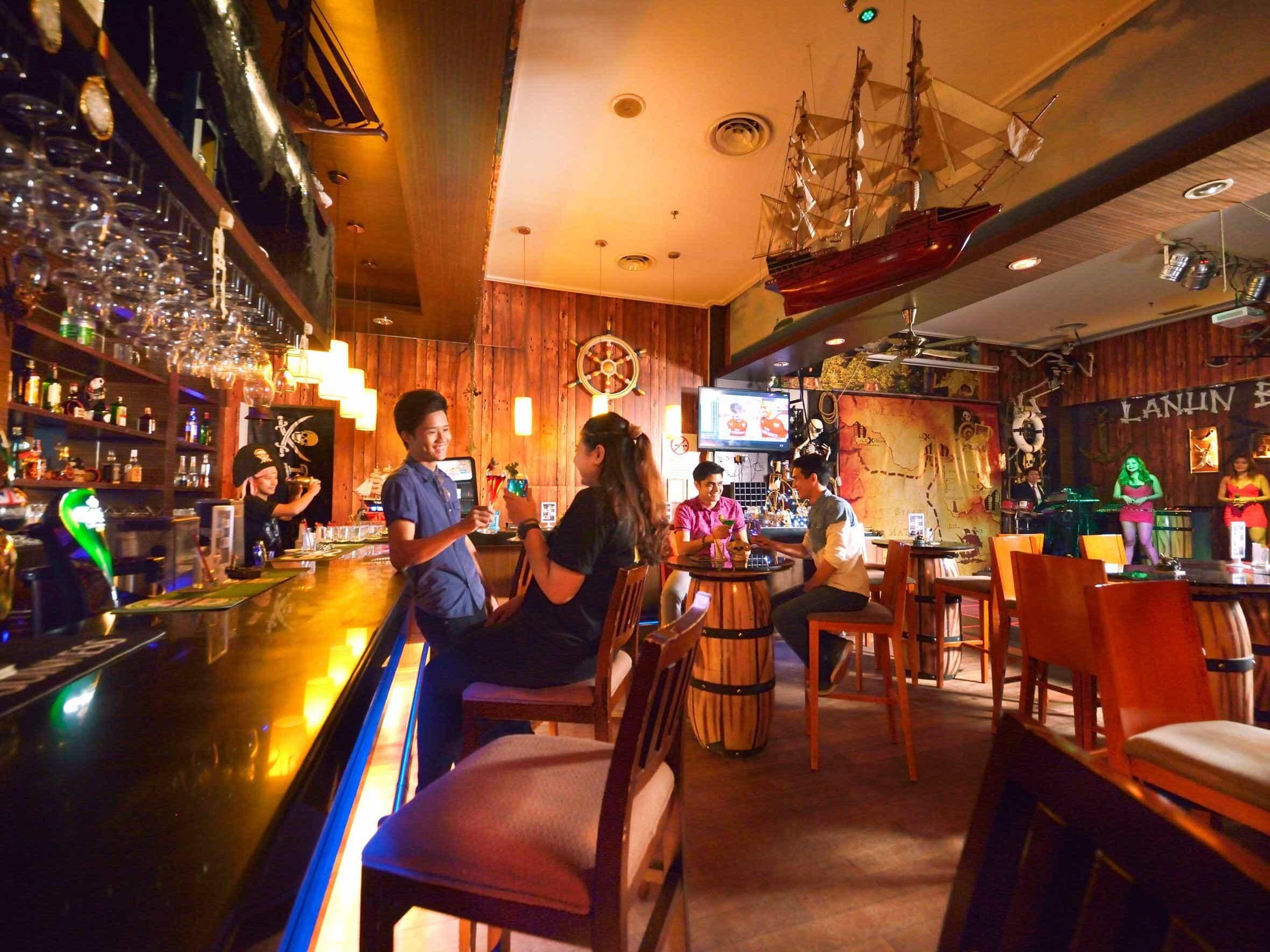 Lanun bar view 1