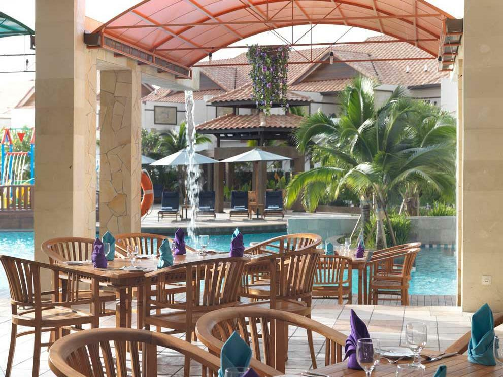 Pool Cafe at Grand Lexis Port Dickson