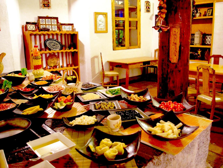 Dining area in Coffee Shop La Terraza at Hacienda Cantalagua
