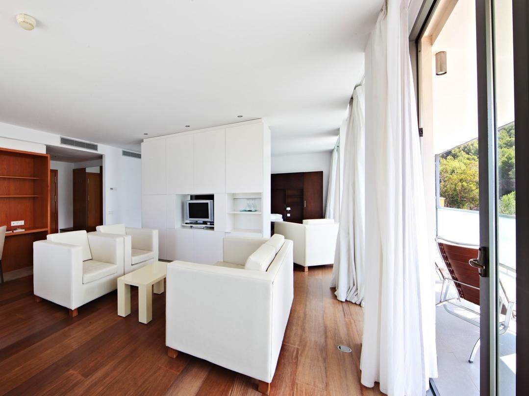 Junior suite at Aimia Hotel in Port de Sóller, Majorca