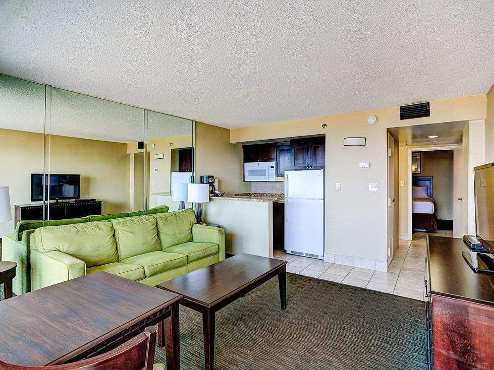 One Bedroom Suite Oceanfront Deluxe