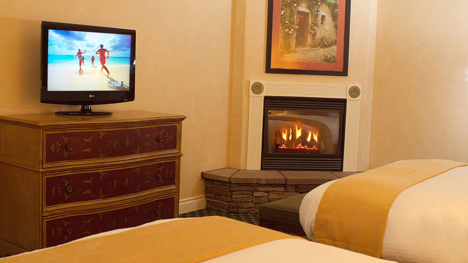 A TV plays in an Oregon hotel