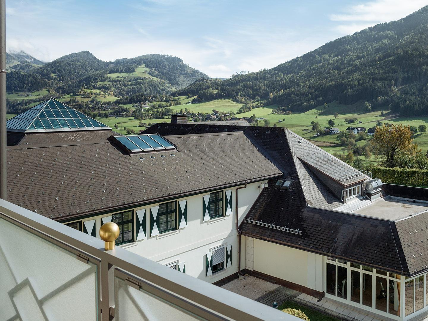 Deluxe Single Room with Balcony at Romantik Hotel Schloss Pichlarn