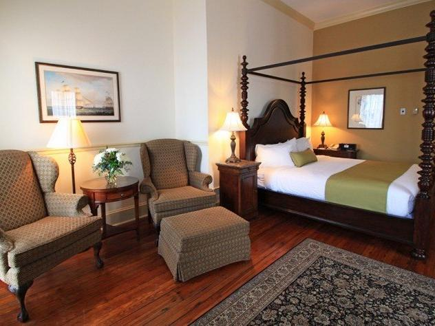 Historic City View Room with 1 Queen Bed