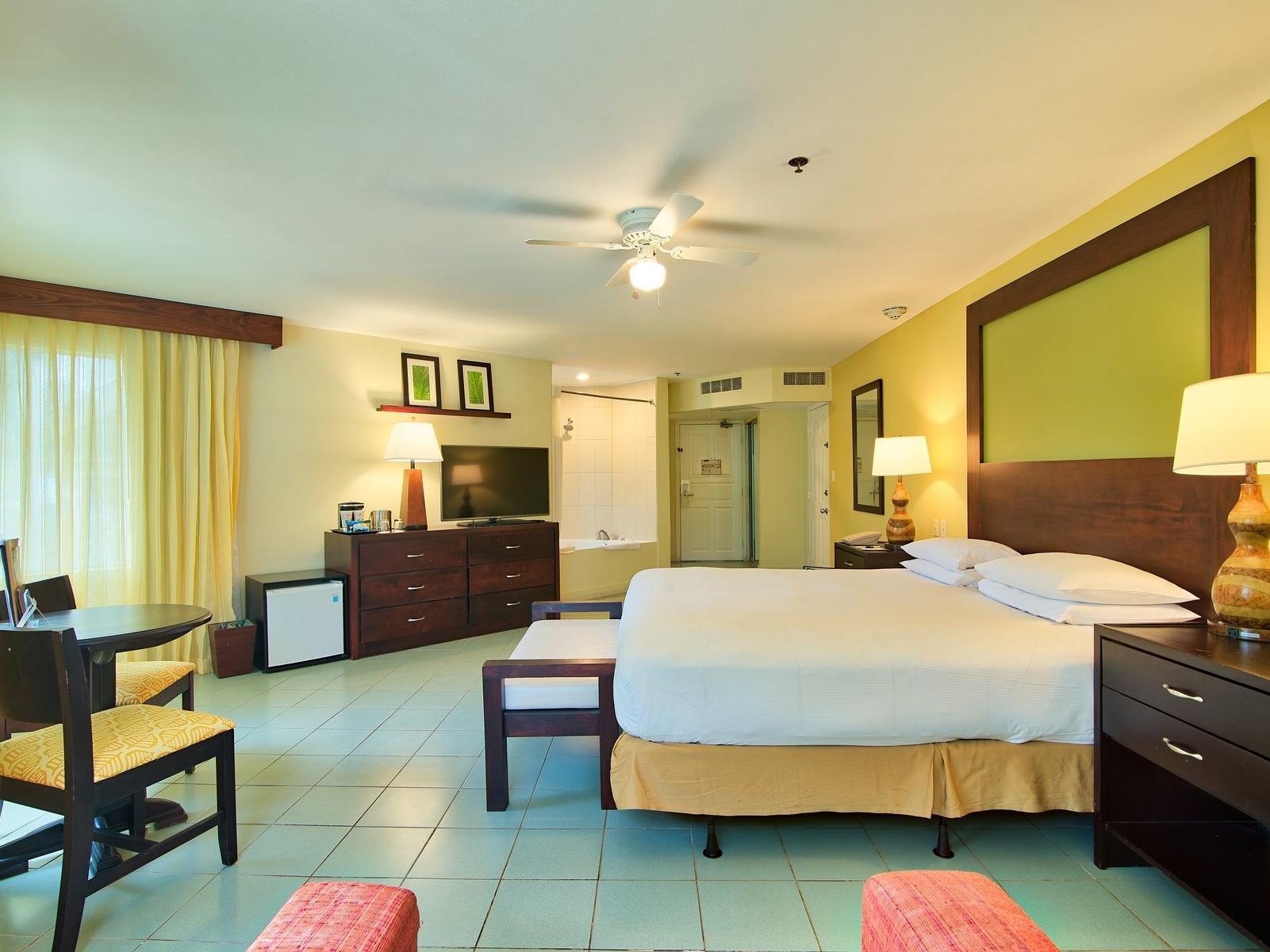 Luxury Jr honeymoon suite rooms at Fiesta Resort