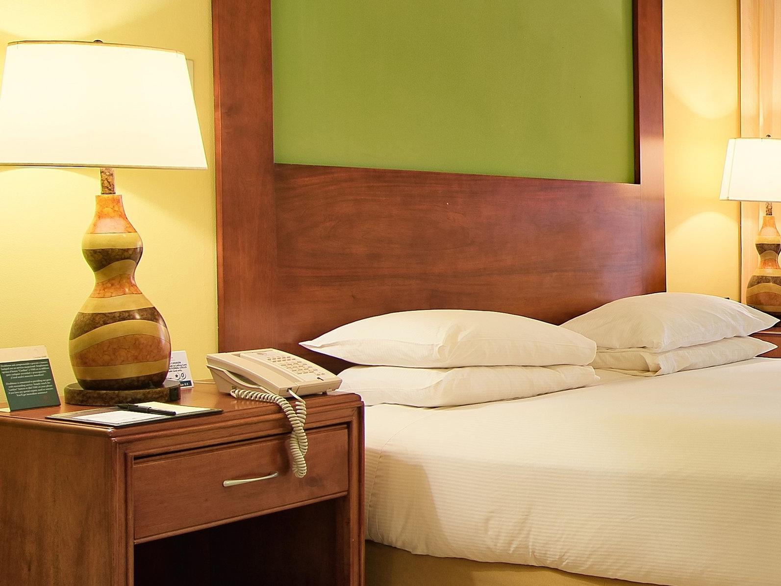 Ocean view 1 king bed with lamp at fiesta Resort