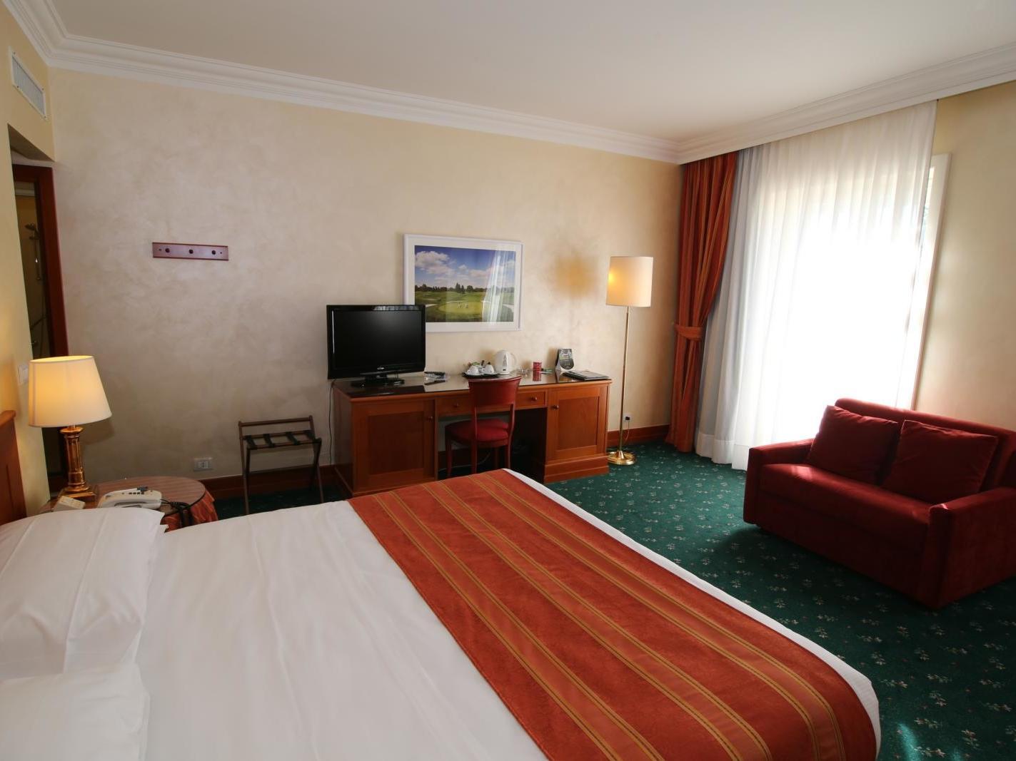 King Room | Golf Hotel Cavaglia
