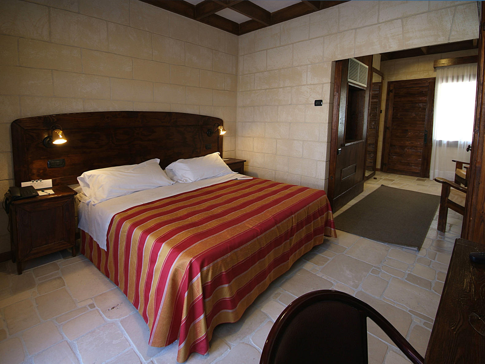 Superior Room | Regina Bari