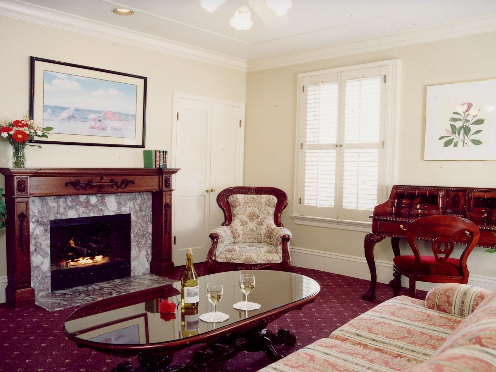Monterey Hotels - The Monterey Hotel