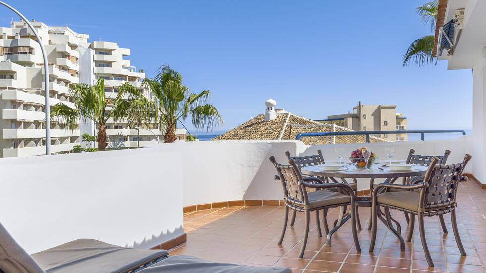 Terraza del apartamento de dos habitaciones de Sahara Sunset, Málaga
