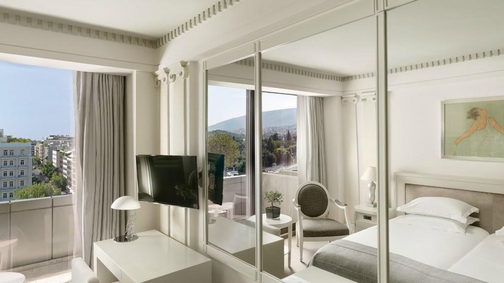 Mirror Deluxe Room NJV Athens Plaza