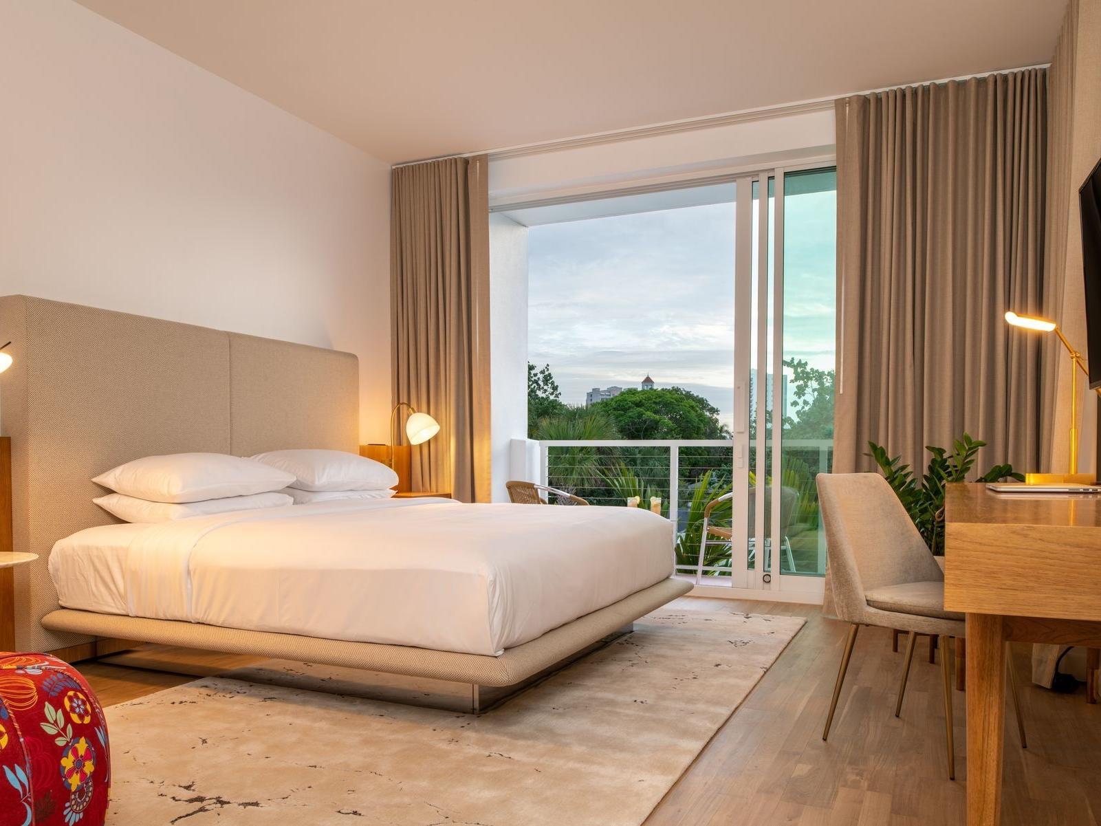 . Downtown Sarasota Rooms   Suites   The Sarasota Modern