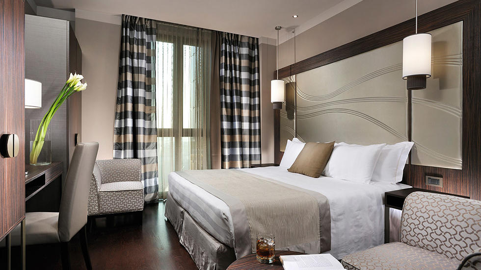 Deluxe King Room at Uptown Palace in Milan