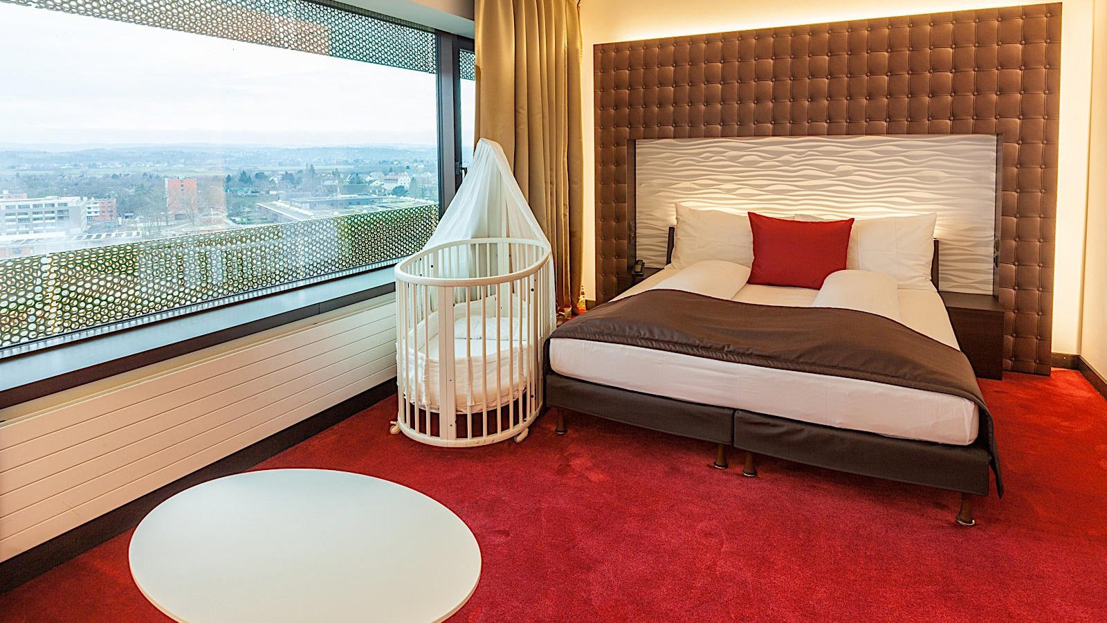 Family Room Sky View at Airport Hotel Basel
