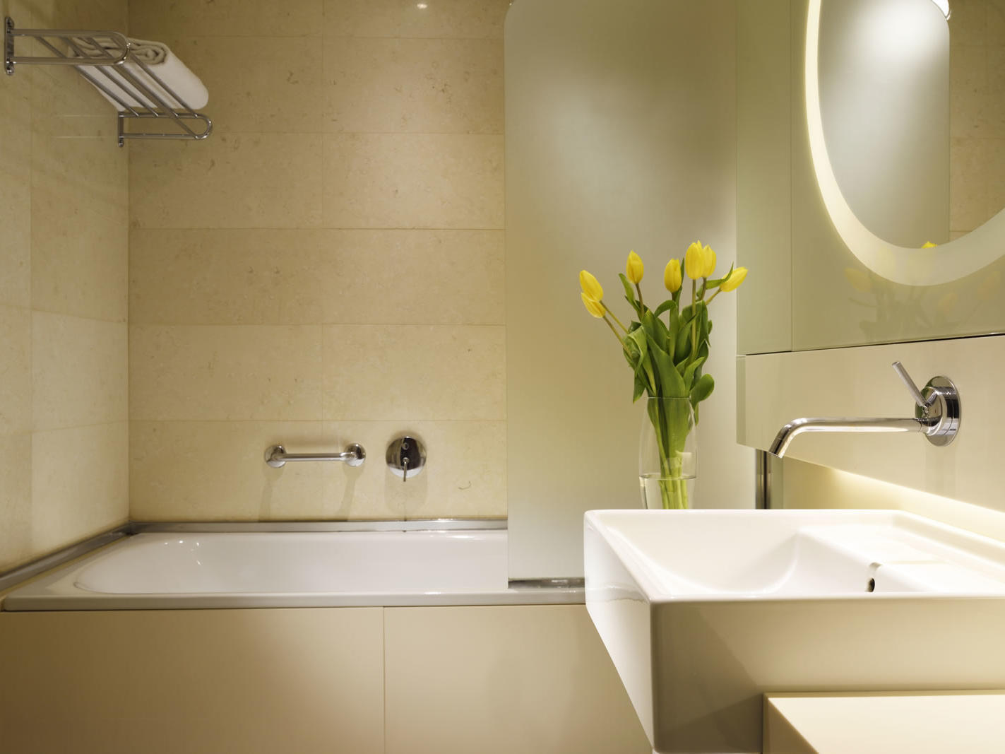 Classic Room - Bathroom | Bologna Centro