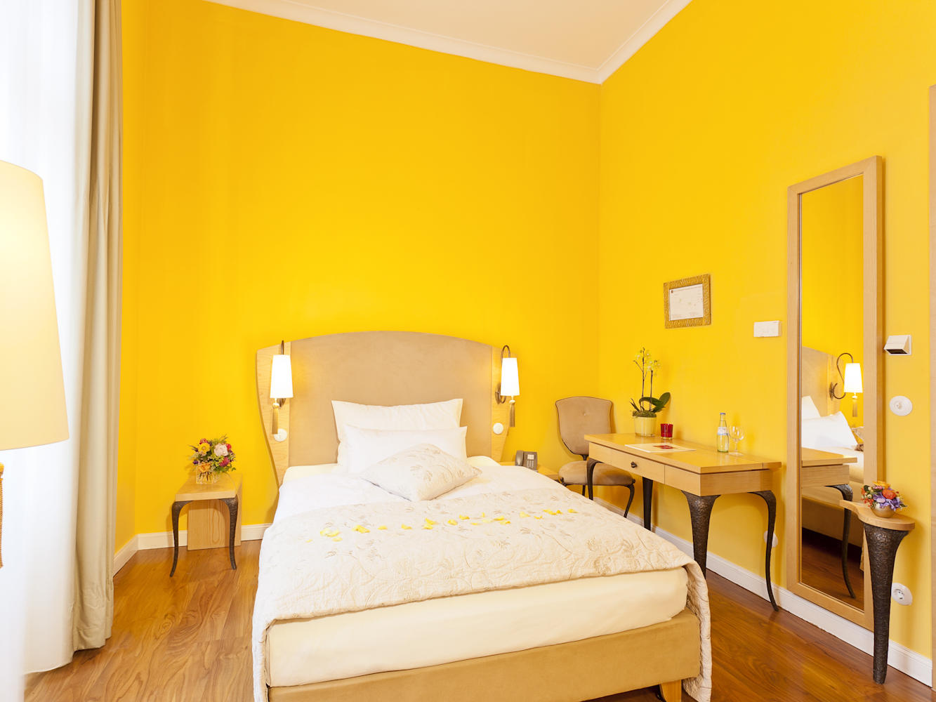 Deluxe Single Room at Classic Hotel Harmonie in Cologne