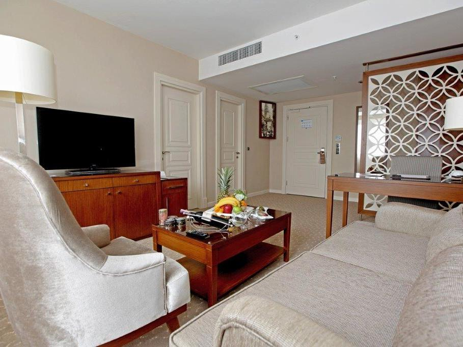 Deluxe room at Miracle Istanbul Asia Spa & Hotel