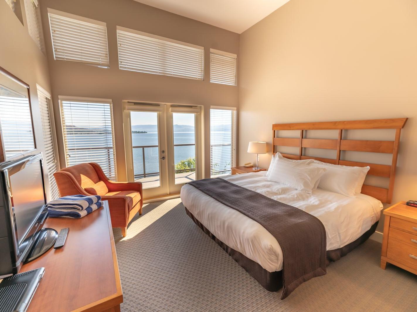 three bed suite  premium bedroom