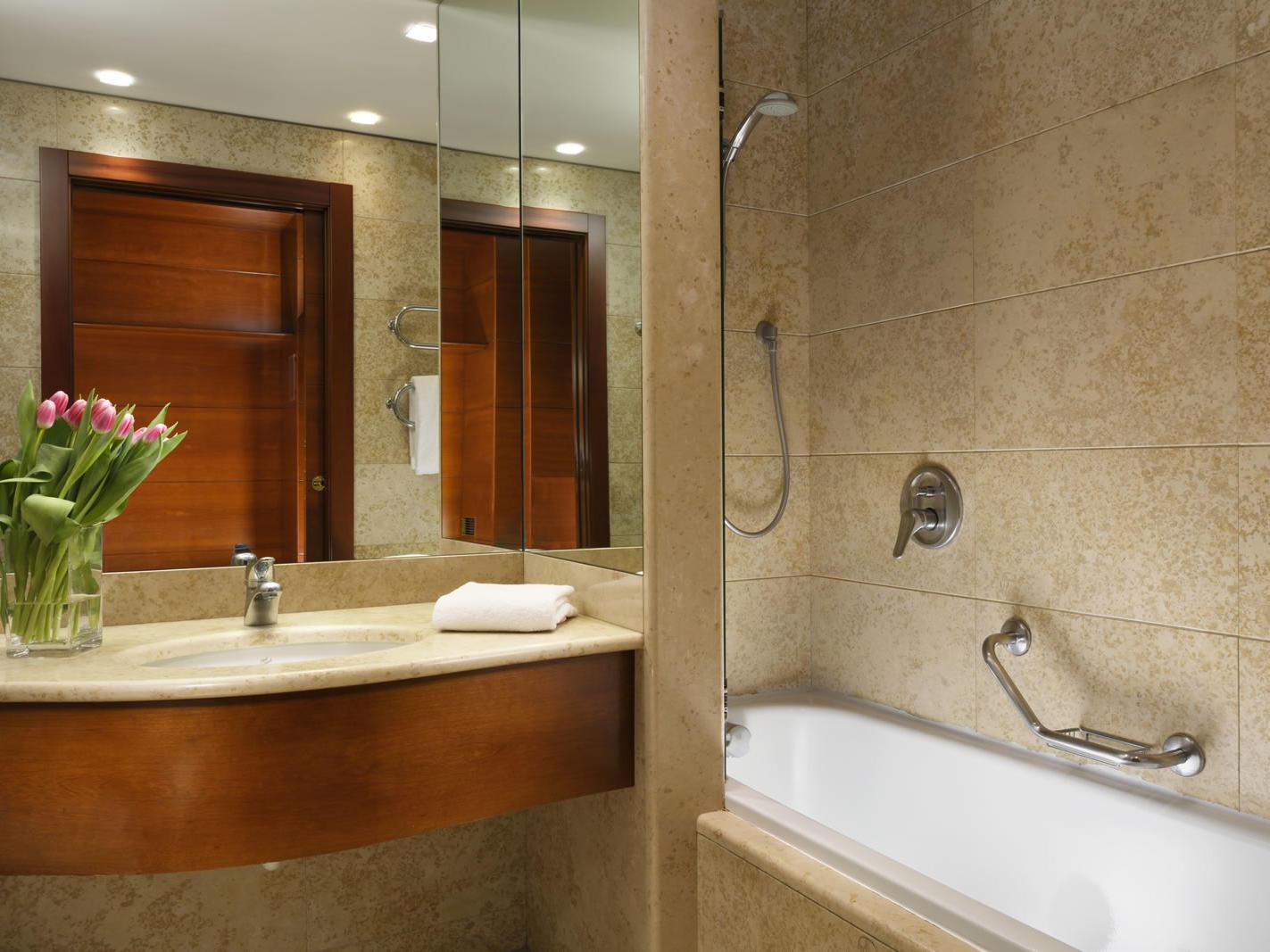 Classic room | UNAHOTELS Cusani Milano