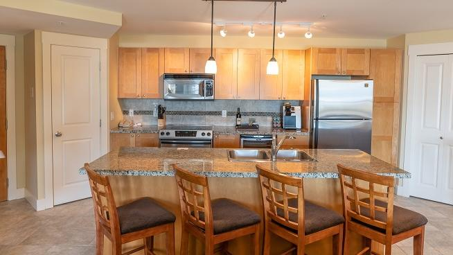 Two Bedroom suite Kitchen premium lakeview