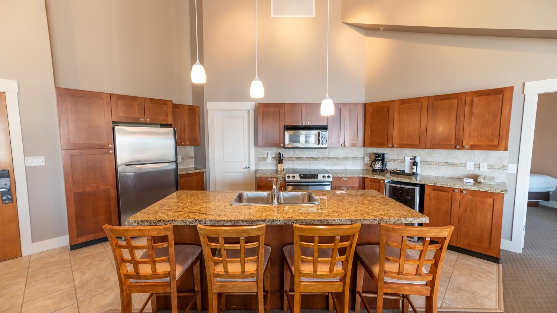 Three Bedroom suite kitchen dining room
