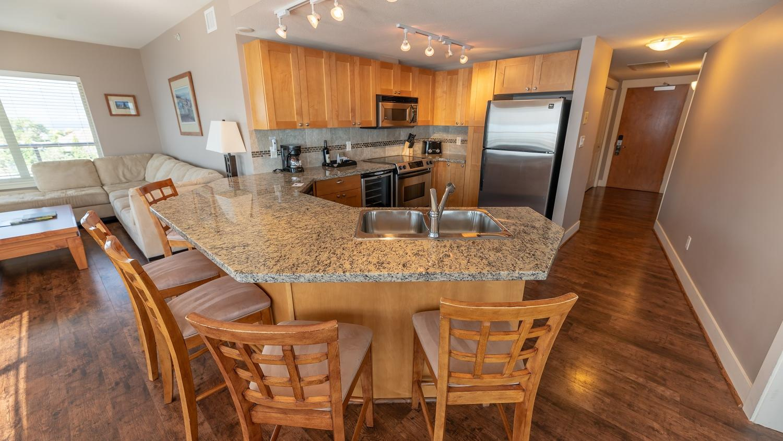Three Bedroom suite kitchen dining
