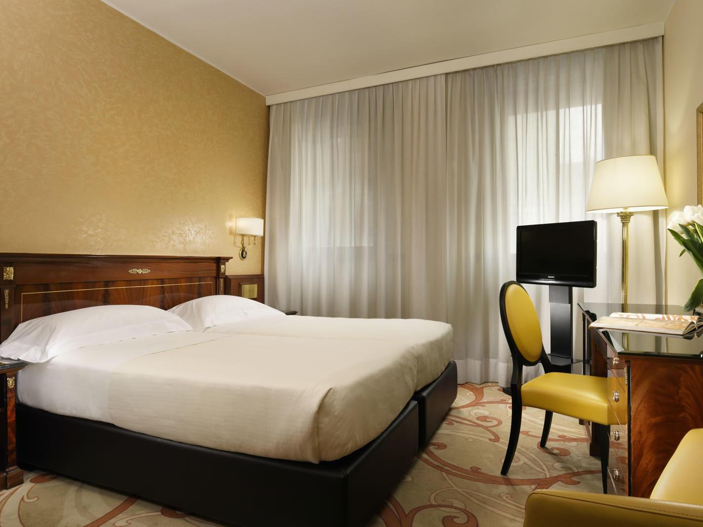 Classic Twin Room | Scandinavia Milano