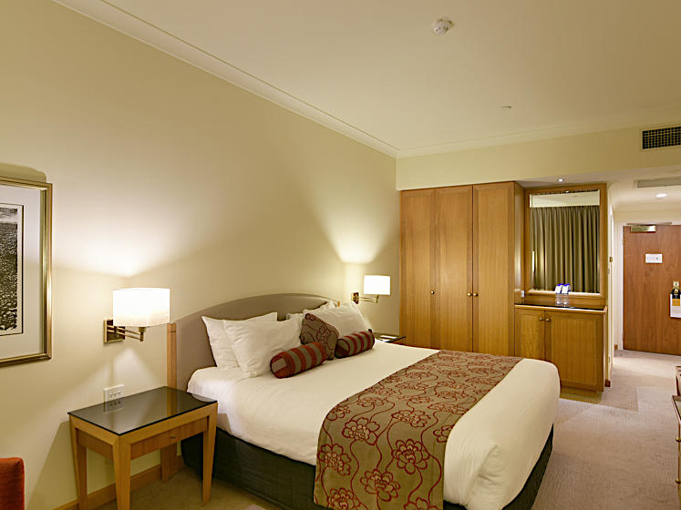 Deluxe King Room with Rive View at Duxton Hotel Perth