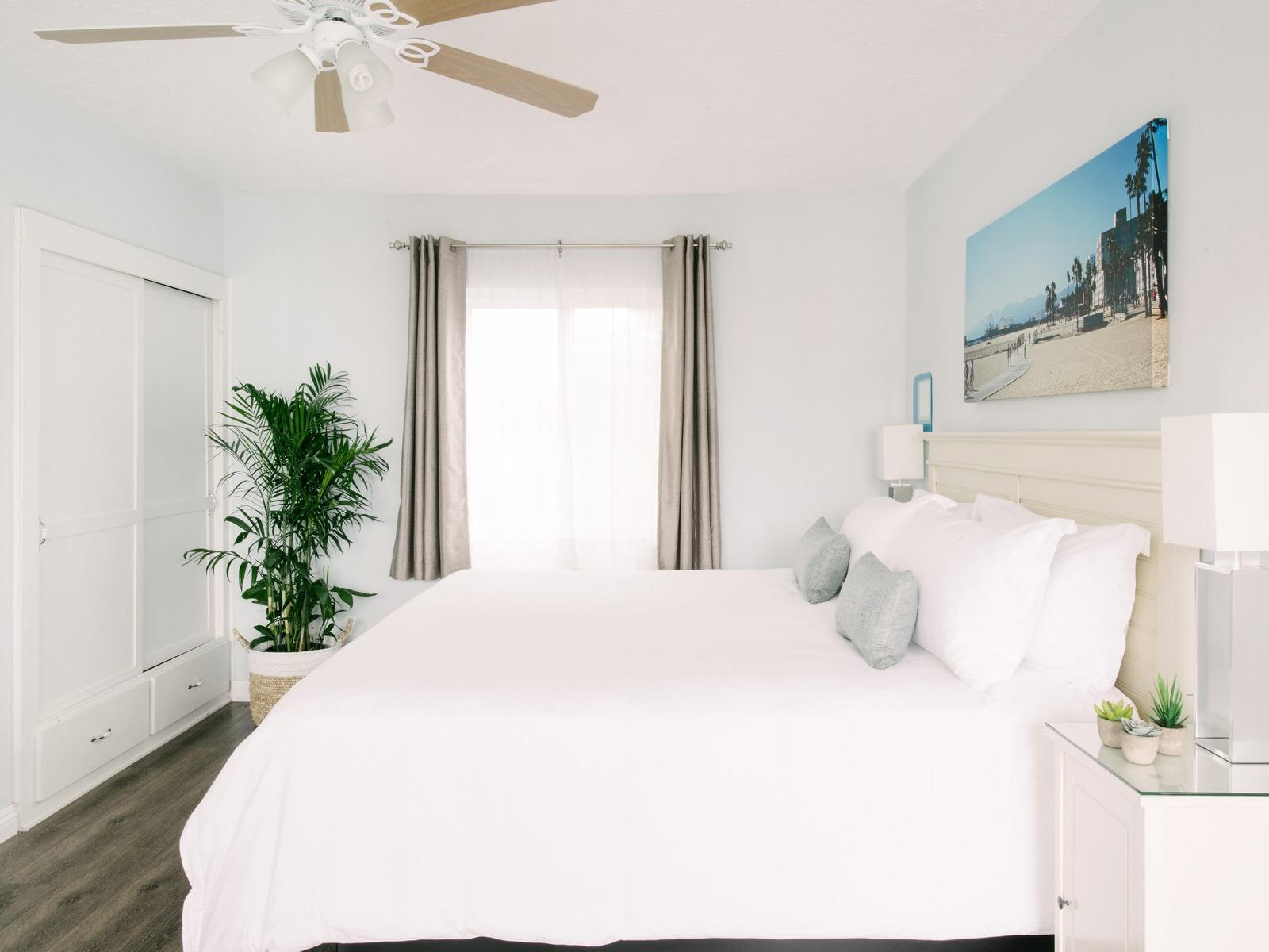 Spacious ocean-view room with King bed