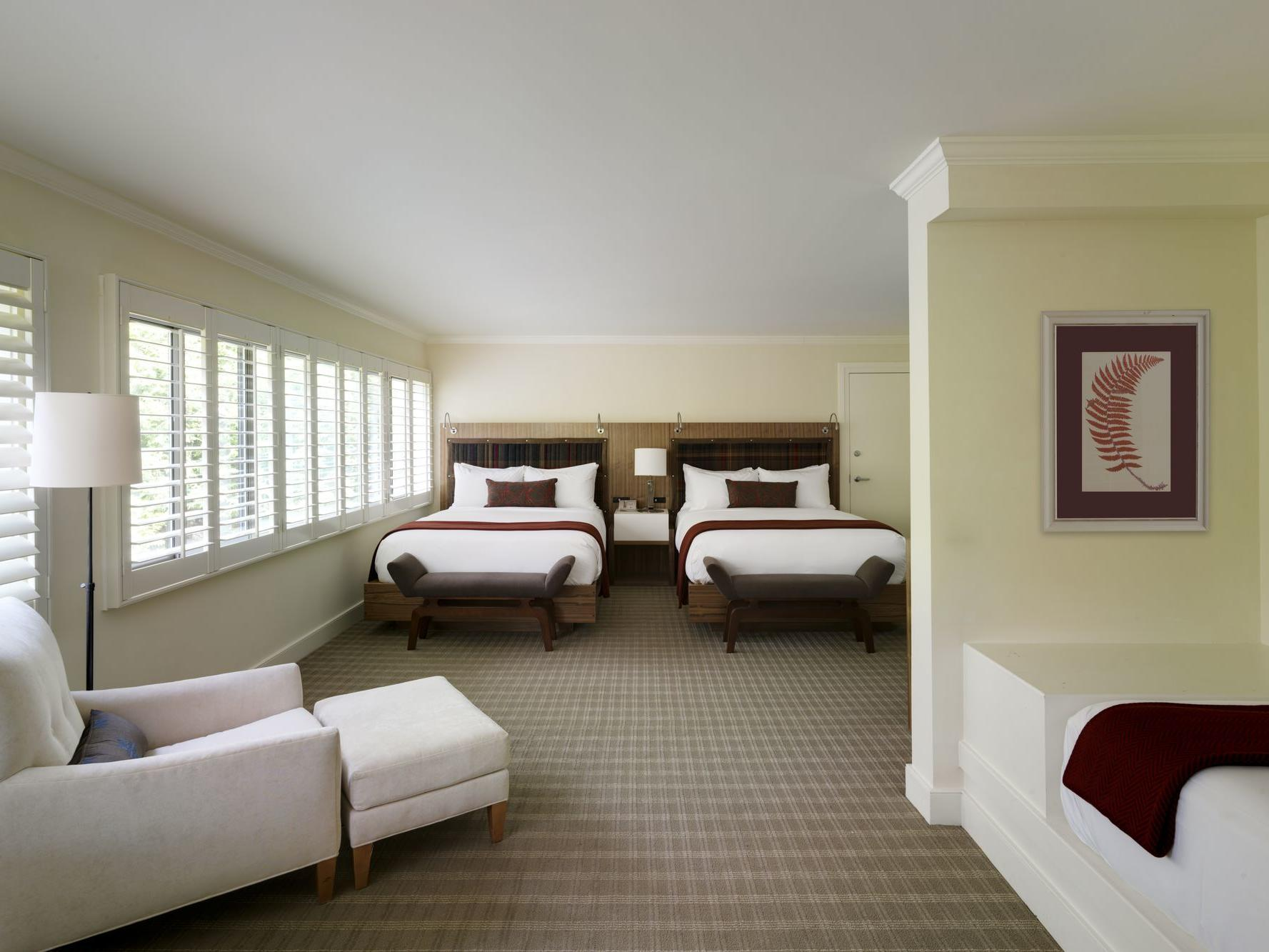 Deluxe hotel room with two queen bed